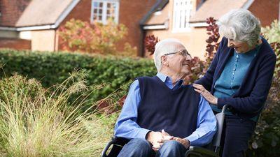 英65岁以上人数续升 未来需300万间长者屋